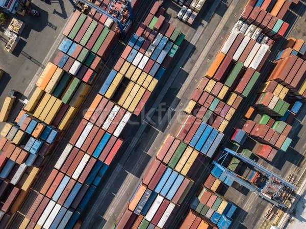 Entrepôt beaucoup panoramique vue camions Photo stock © bezikus