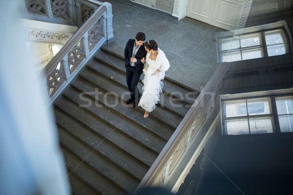 Foto d'archivio: Wedding · Coppia · holding · hands · piedi · scale · giù