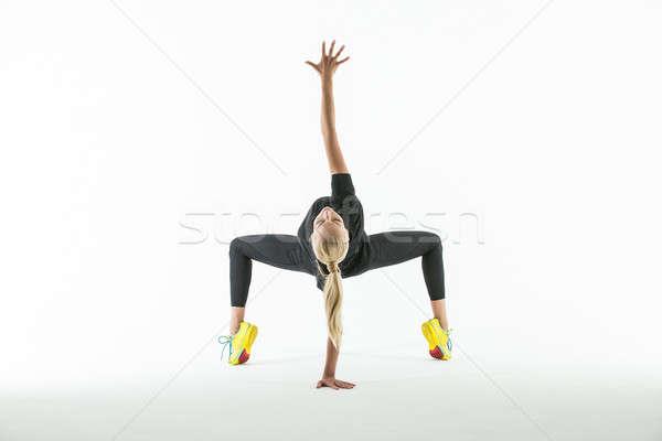 Ritmikus tornász testmozgás stúdió gyönyörű sportruha Stock fotó © bezikus