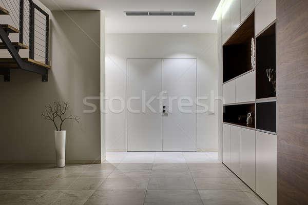 Interior estilo moderno ouvir luz paredes azulejos Foto stock © bezikus