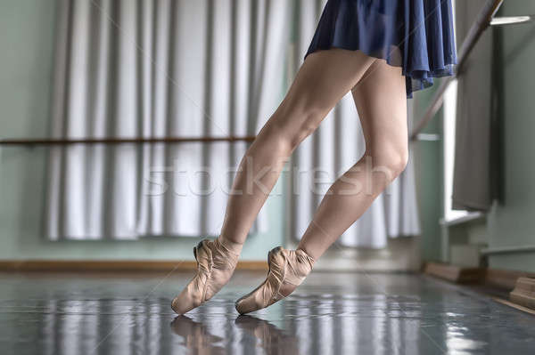 Foto stock: Dançarina · balé · ouvir · pernas · bailarino · azul