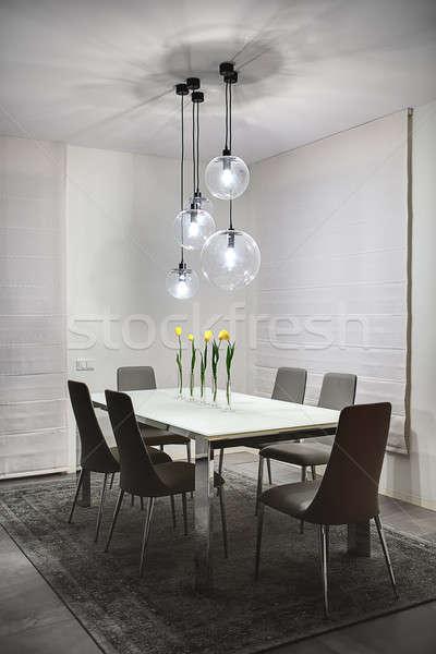 Tabela flores quarto luz paredes piso Foto stock © bezikus