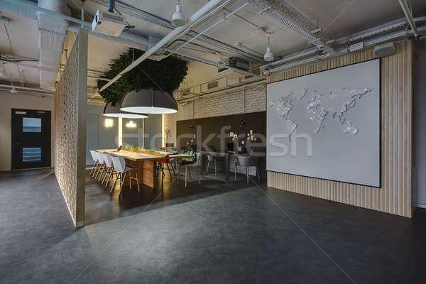 Strych stylu pokój świetle ciemne krzesła Zdjęcia stock © bezikus