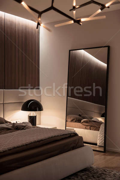 Chambre · style · moderne · modernes · blanche · bois · murs - photo ...