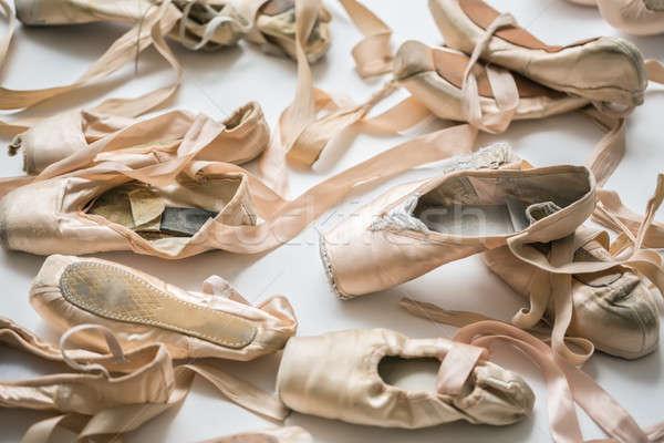 光 靴 ベージュ バレエシューズ 階 スタジオ ストックフォト © bezikus