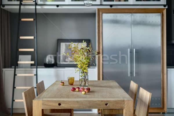 キッチン モダンなスタイル 光 木製のテーブル 花瓶 ストックフォト © bezikus