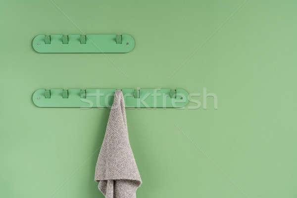 Metal yeşil eşarp ışık gri asılı Stok fotoğraf © bezikus