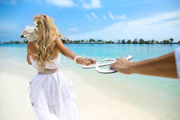 Esküvő Maldív-szigetek fiatal pér nászút fotó kezek Stock fotó © bezikus