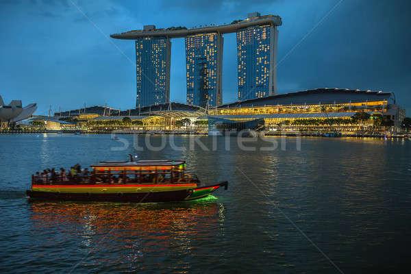 Flutuante barco beira-mar noite ver Foto stock © bezikus