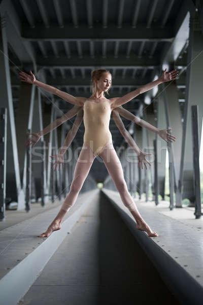 Retrato jovem gracioso bailarina maiô pose Foto stock © bezikus