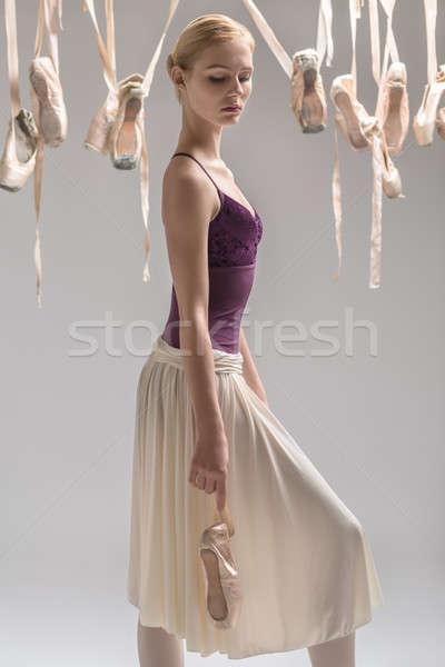 Blond ballerina schoenen mooie violet Stockfoto © bezikus