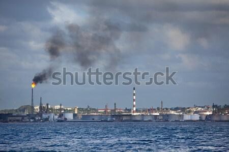 Olie-industrie fabriek rook Cuba Havanna industrie Stockfoto © bezikus