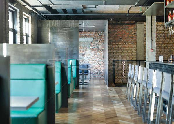 Cafe vliering stijl restaurant baksteen muren Stockfoto © bezikus