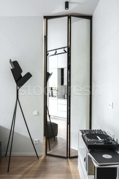 Stanza stile moderno luce muri interni piano Foto d'archivio © bezikus