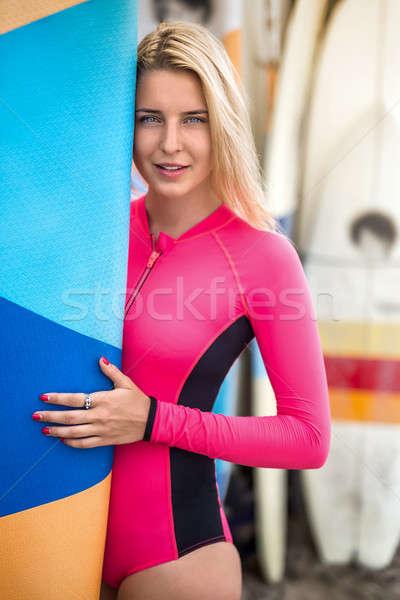 Lány szörfdeszka kint csinos mosolyog szőke nő Stock fotó © bezikus