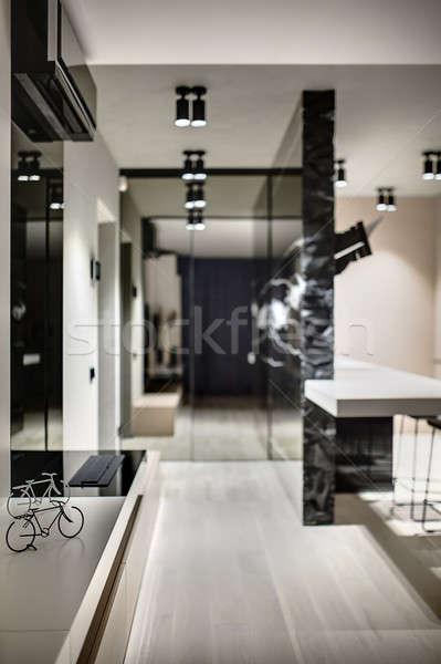 Stok fotoğraf: Modern · tarzda · iç · siyah · beyaz · süslemeleri · form · bisikletler