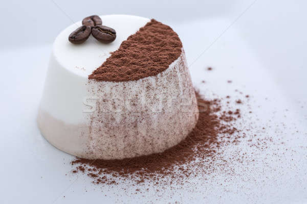 Dondurulmuş yoğurt kahve kakao fincan fındık Stok fotoğraf © bezikus