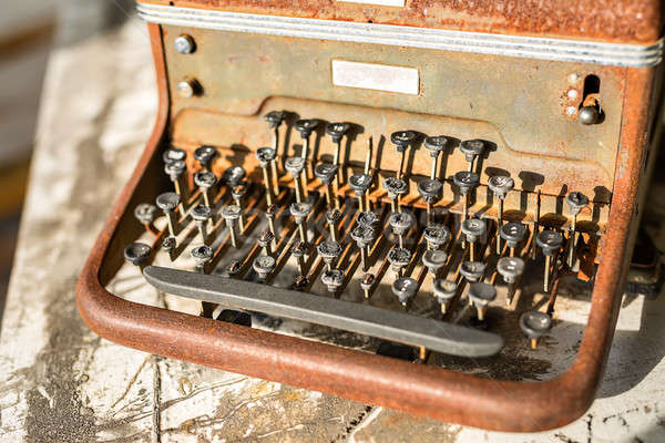 Retro haveloos schrijfmachine vintage houten Stockfoto © bezikus