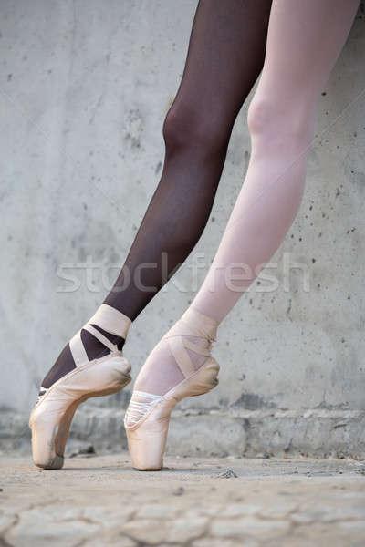 Baleriny stóp konkretnych Fotografia Zdjęcia stock © bezikus