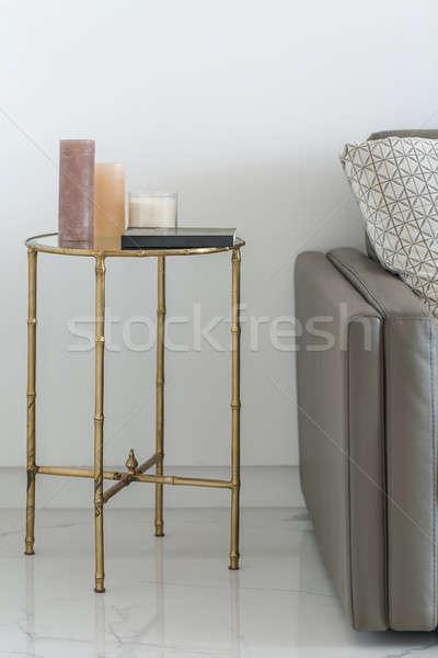 Foto stock: Metal · tabela · vidro · topo · velas · livro