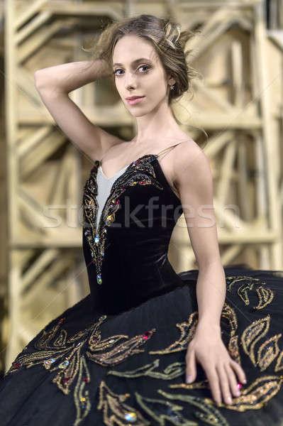 Ballerina pózol belső örömteli fekete színes Stock fotó © bezikus