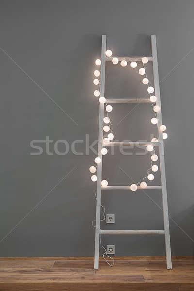 Létra izzó girland fehér gömb lámpák Stock fotó © bezikus