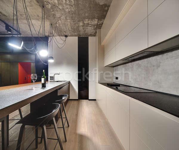 Padlás stílus konyha padló sziget mosdókagyló Stock fotó © bezikus