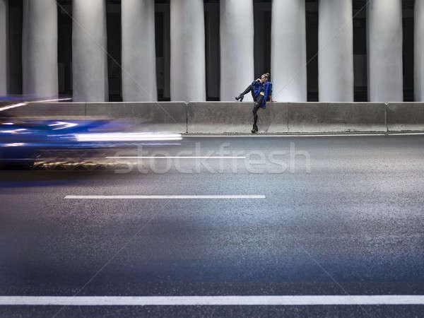 Tunnel autoroute fille concrètes colonnes mode Photo stock © bezikus
