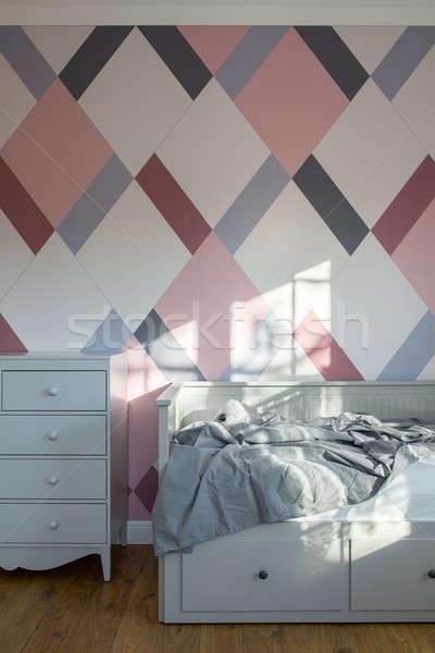 Quarto estilo moderno crianças cama cinza Foto stock © bezikus