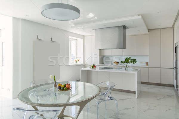 Mutfak modern tarzda beyaz ışık kiremitli zemin Stok fotoğraf © bezikus