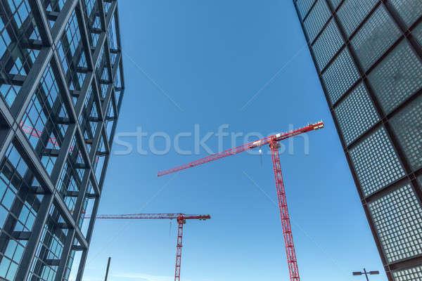Vermelho torre edifícios blue sky dois ao ar livre Foto stock © bezikus