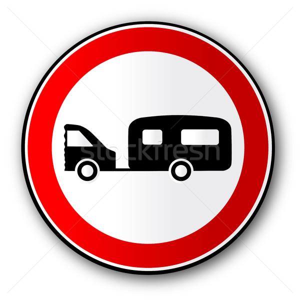 Caravan weg verkeersbord groot Rood verkeer Stockfoto © Bigalbaloo