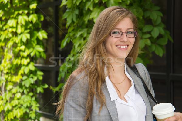 肖像 若い女性 キャンパス 大学生 女性 少女 ストックフォト © bigjohn36