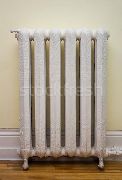 Antik hő radiátor díszes tél forró Stock fotó © bigjohn36