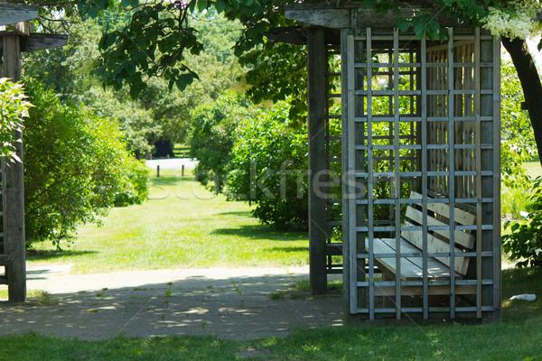 скамейке саду мирный лет красивой природного Сток-фото © bigjohn36