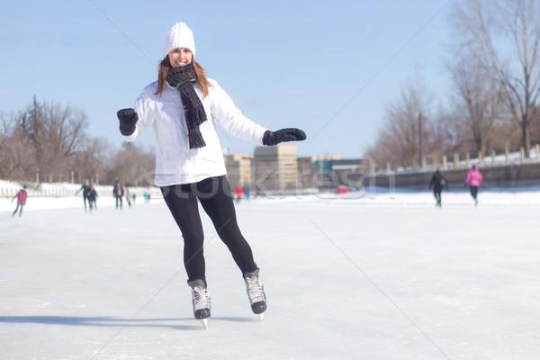 Vonzó fiatal nő korcsolyázás tél egészséges lány Stock fotó © bigjohn36