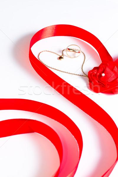 Złoty łańcucha ślub serca wzrosła Zdjęcia stock © BigKnell