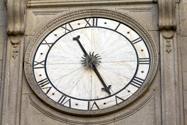 Katedral saat ortaçağ inşaat dizayn kilise Stok fotoğraf © BigKnell