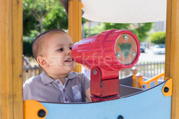 Boisko patrząc zabawki teleskop drzewo Zdjęcia stock © BigKnell