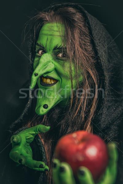Zdjęcia stock: Zło · witch · brudne · zęby · zielone · długie · włosy