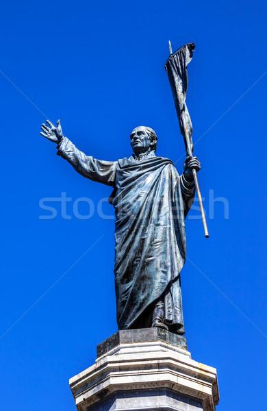 Ojciec na zewnątrz katedry posąg Meksyk wojny Zdjęcia stock © billperry