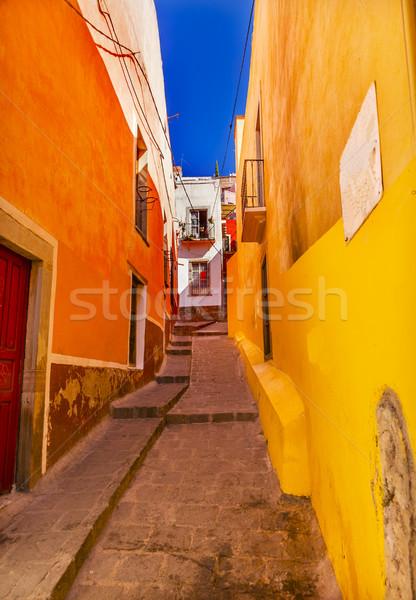 желтый узкий улице Мексика оранжевый строительство Сток-фото © billperry