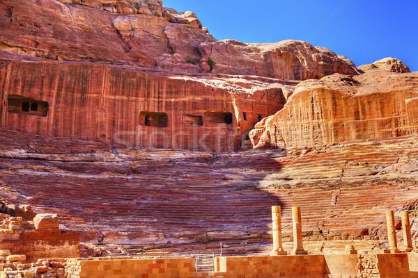Czerwony amfiteatr teatr Jordania skarbiec 100 Zdjęcia stock © billperry