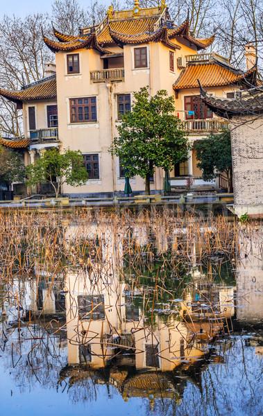 öreg kínai ház nyugat tó tükröződés Stock fotó © billperry