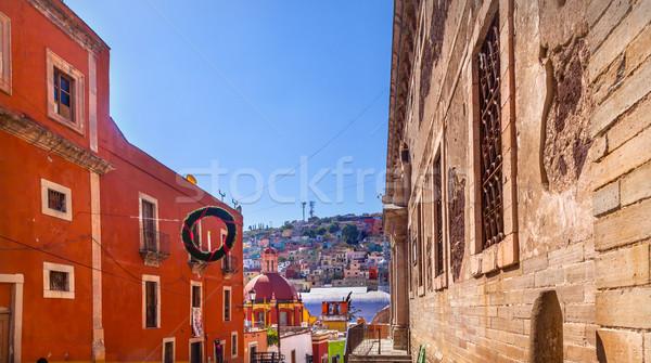 Ulicy rynku kościoła Meksyk okno Zdjęcia stock © billperry