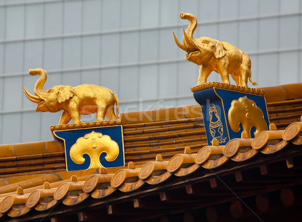 золото Слоны крыши Top храма Шанхай Сток-фото © billperry