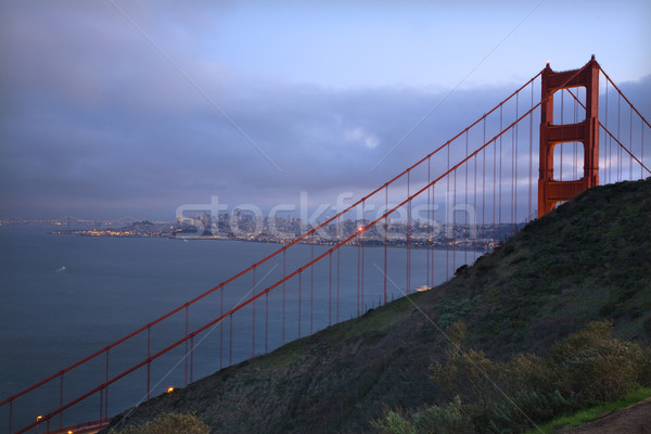 Golden Gate Bridge noite luzes San Francisco Califórnia céu Foto stock © billperry