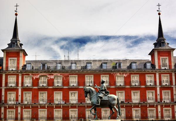 Roi statue cityscape Madrid célèbre Photo stock © billperry