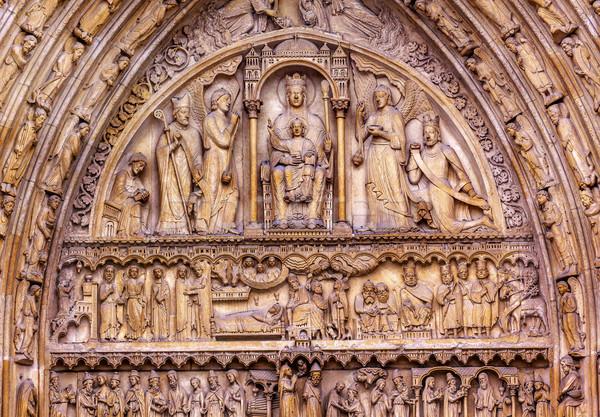 Szűz baba Jézus Notre Dame-katedrális szent ajtó Stock fotó © billperry