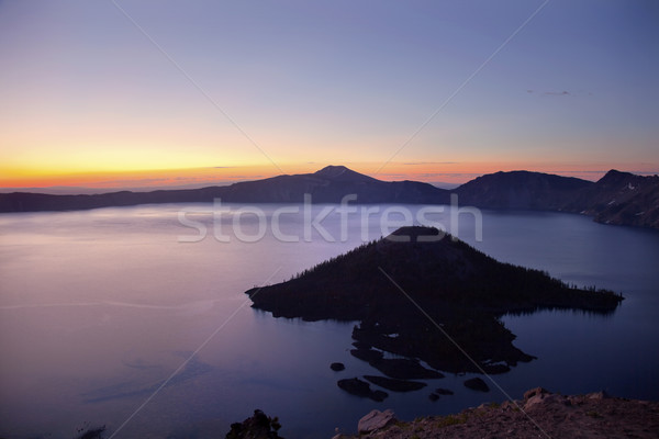 Cratera lago ilha nascer do sol Oregon natureza Foto stock © billperry